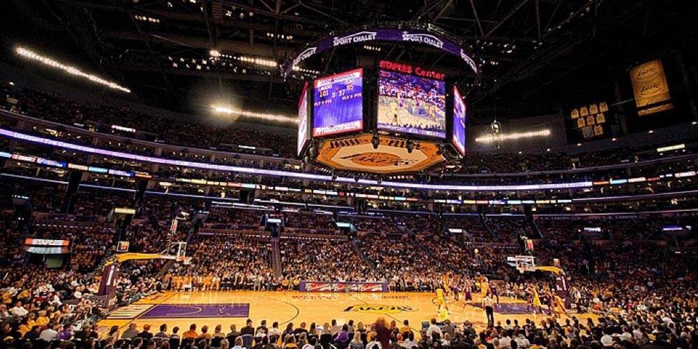 Staples Center. Arenas incríveis do mundo esportivo.